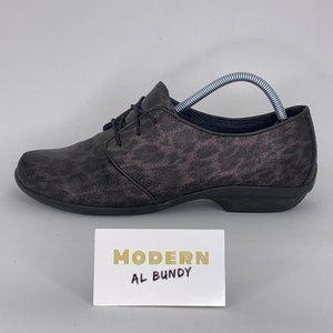 """Dansko Womens """"Leopard"""" Shoes Sz 10.5"""